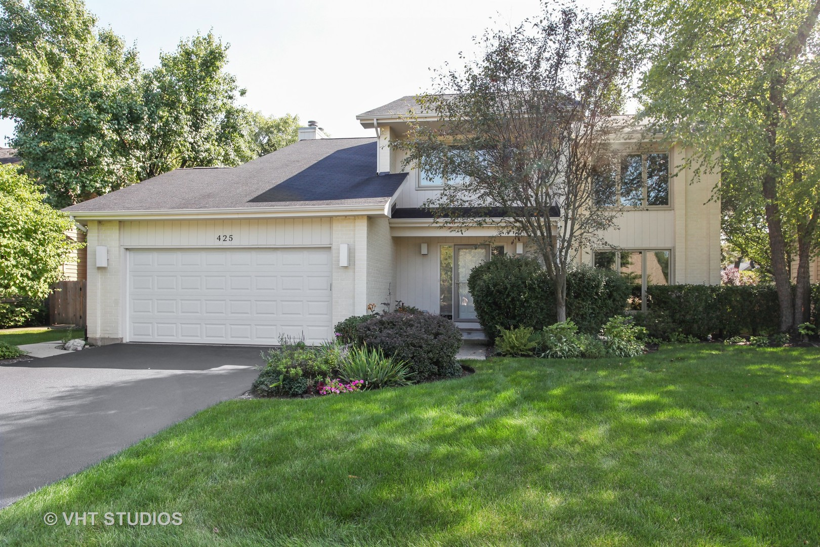 425 NEWTOWN DRIVE, BUFFALO GROVE, IL 60089
