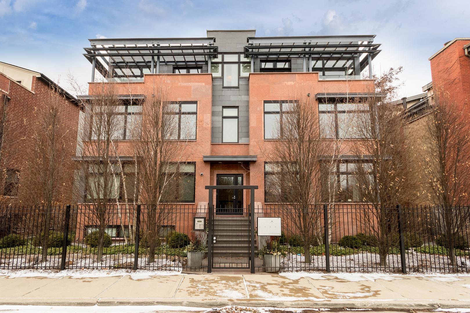 2636 North Lakewood Avenue, Chicago, IL 60614
