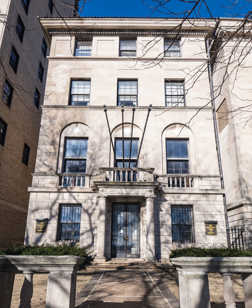 $6,000,000 - 10Br/7Ba -  for Sale in Chicago