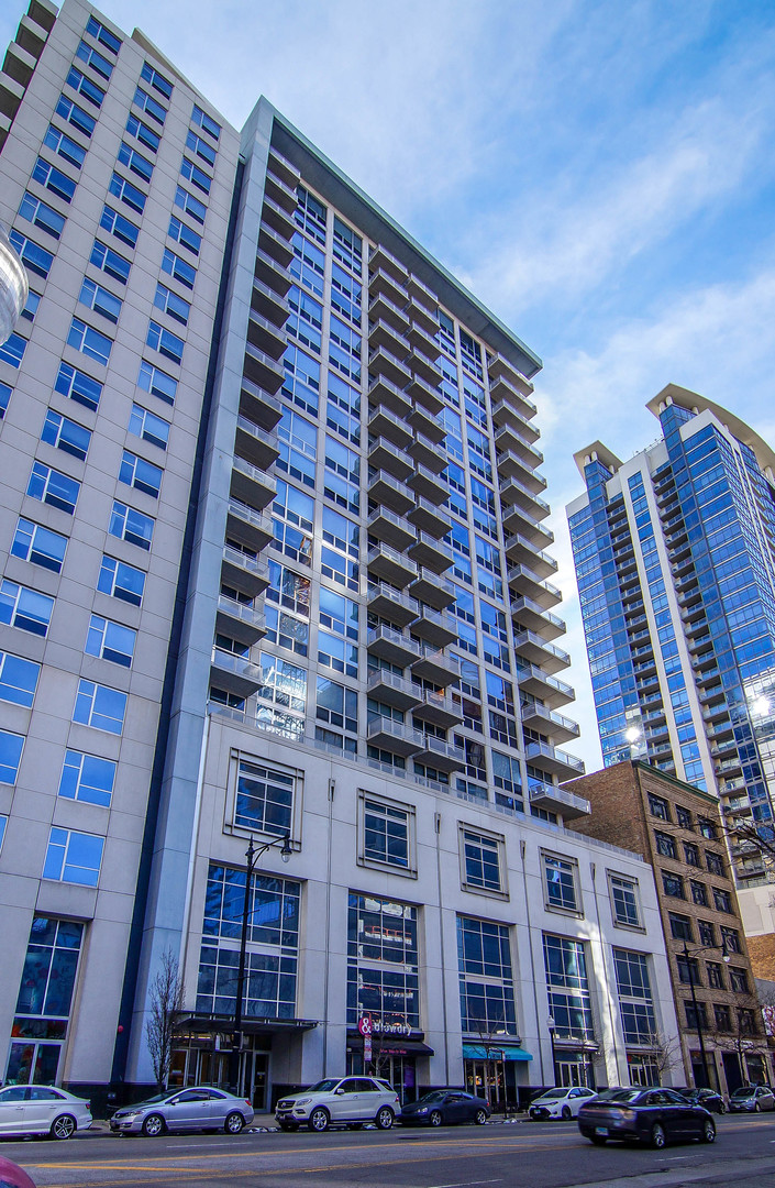 $424,900 - 2Br/2Ba -  for Sale in Chicago