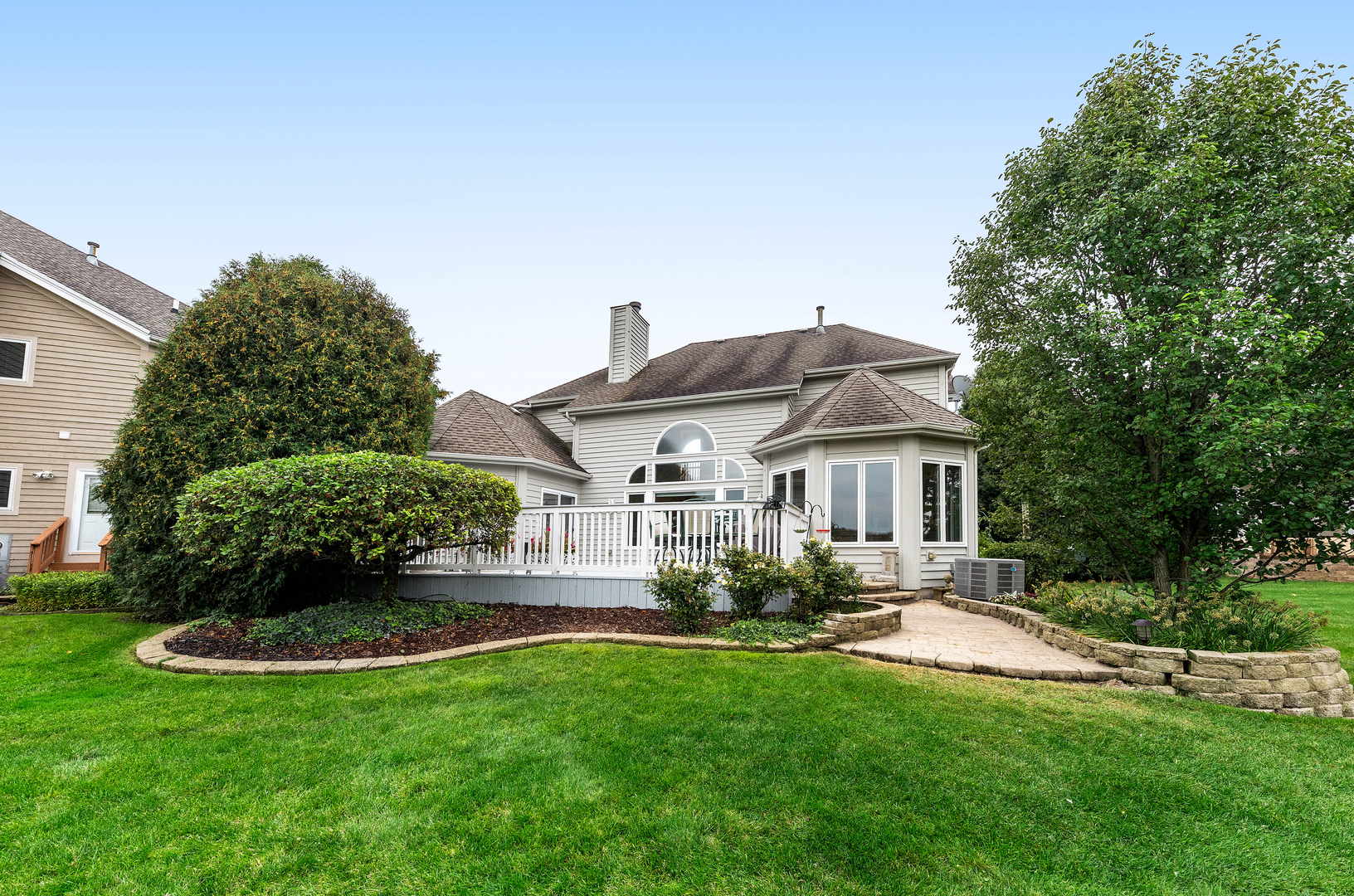$625,000 - 4Br/3Ba -  for Sale in White Eagle, Naperville