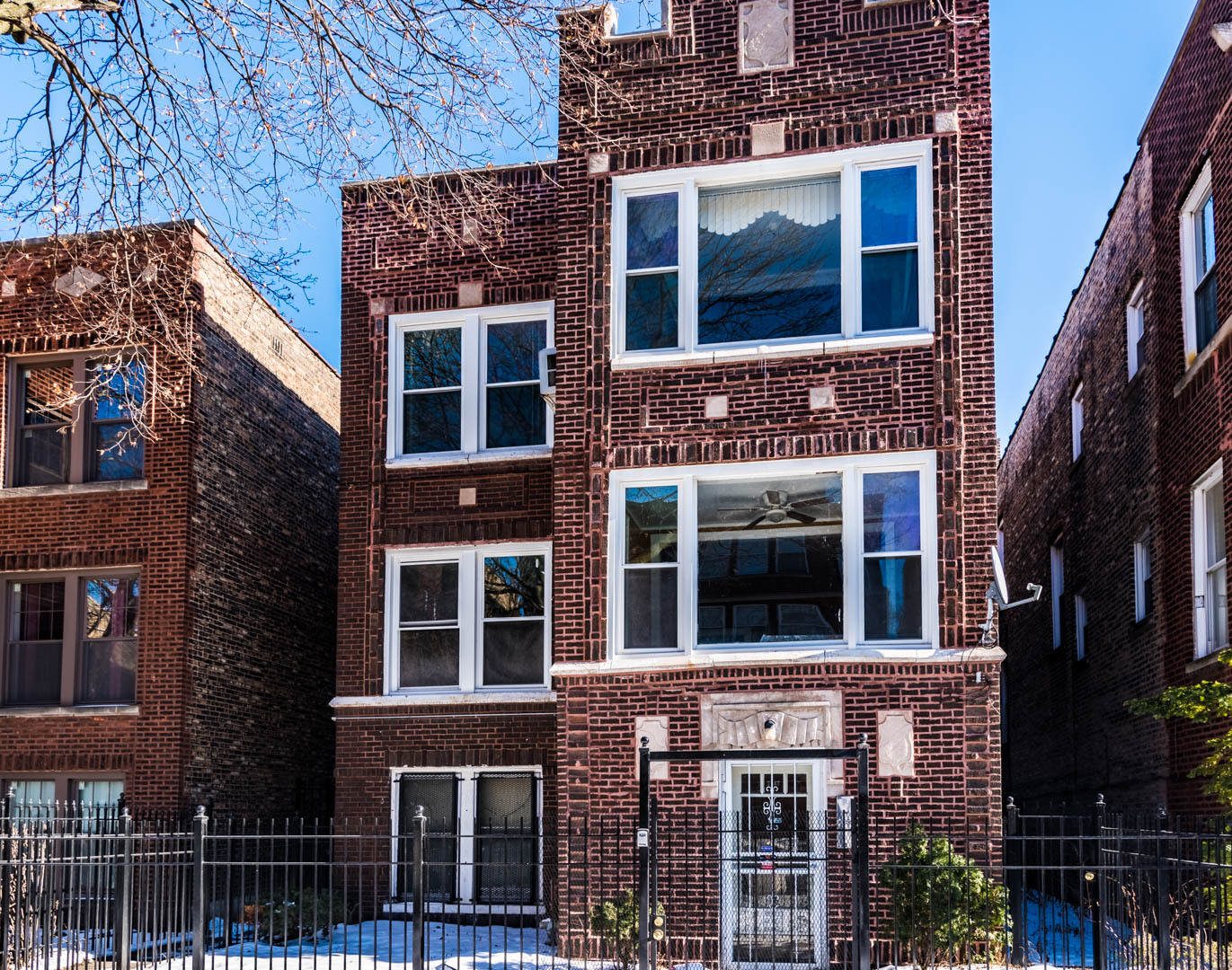 $199,000 - 8Br/0Ba -  for Sale in Chicago