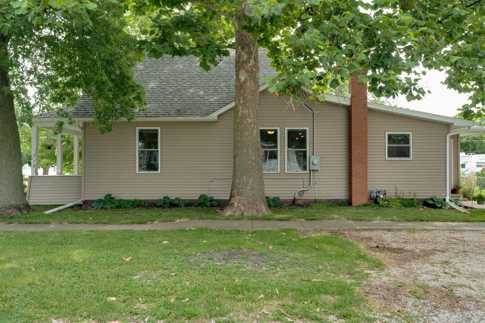 302 Chestnut ,Lexington, Illinois 61753