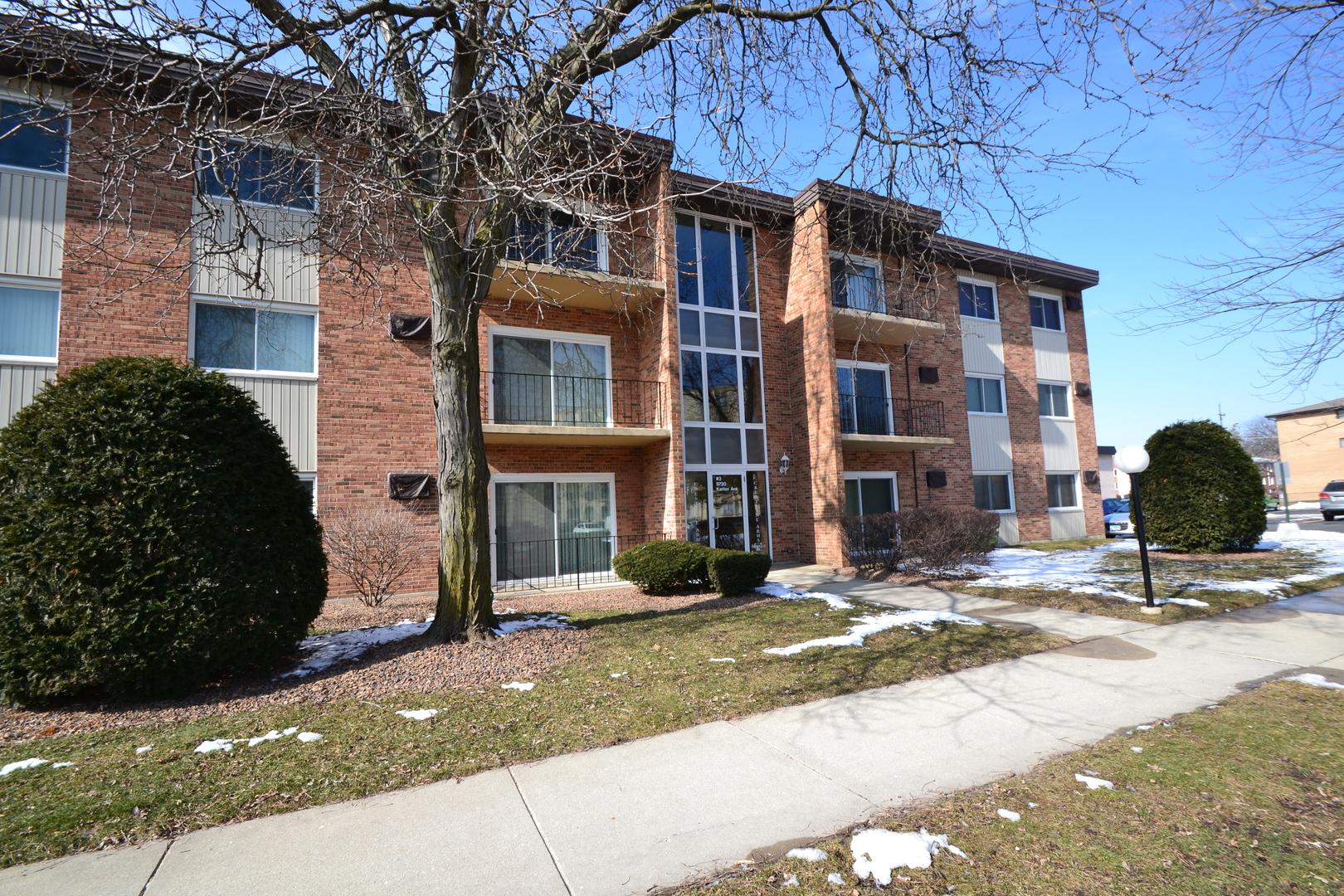 Photo of 9720 South Karlov Avenue, 303 OAK LAWN IL 60453