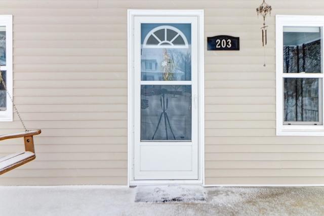 203 Byron ,Sidney, Illinois 61877