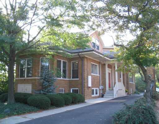 402 Roosevelt, Wheaton, Illinois 60187