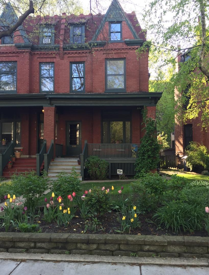 5745 South Dorchester Avenue, Chicago-Hyde Park, IL 60637