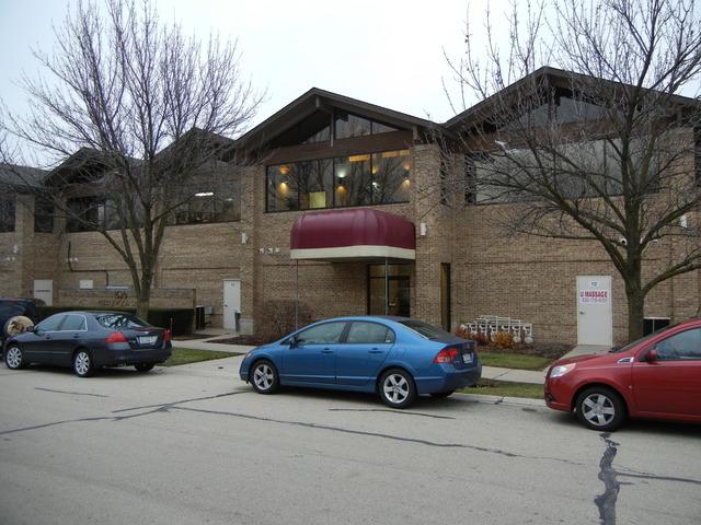 1620 Pebble Wood, Naperville, Illinois 60563