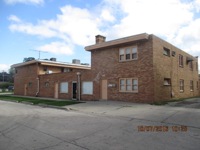 917 Greenwood ,Waukegan, Illinois 60087