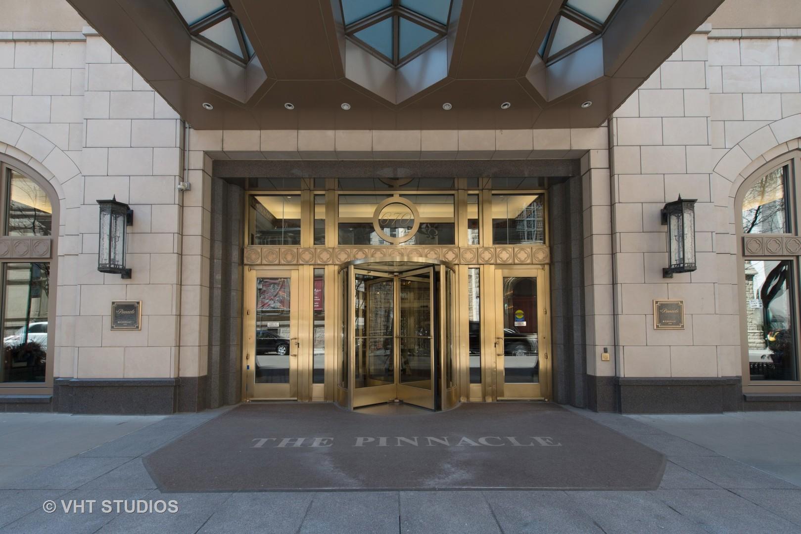 21 E HURON Street 4601, Chicago, IL 60611