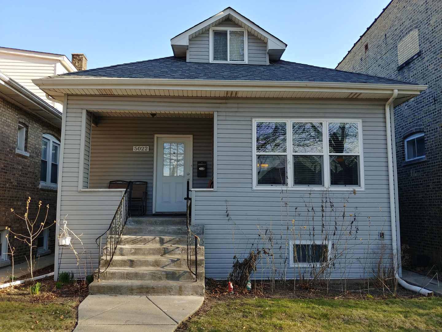 $269,900 - 3Br/1Ba -  for Sale in Chicago