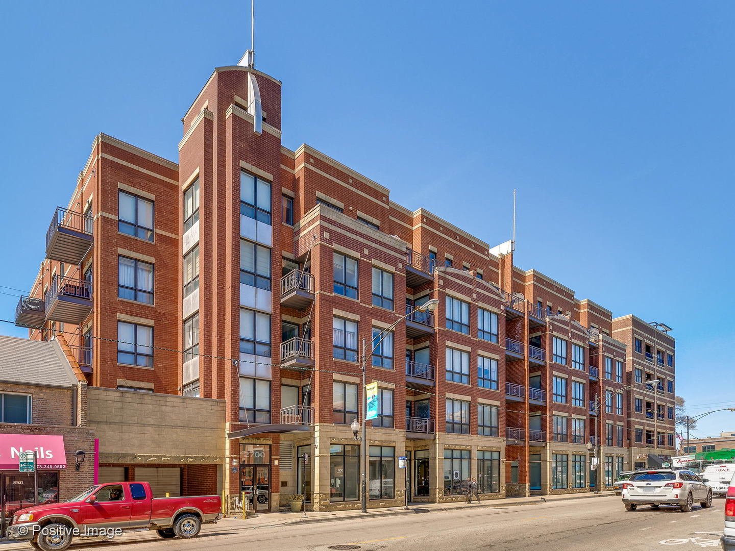 2700 N Halsted Street 201, Chicago, Illinois 60614