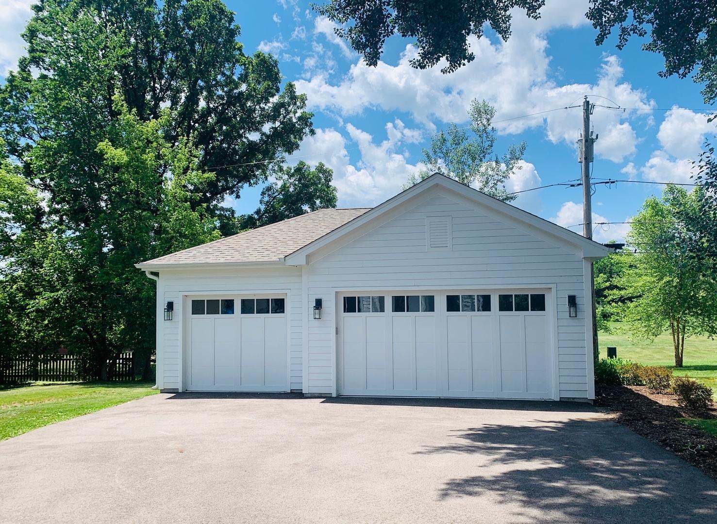 826 Grove ,Barrington, Illinois 60010