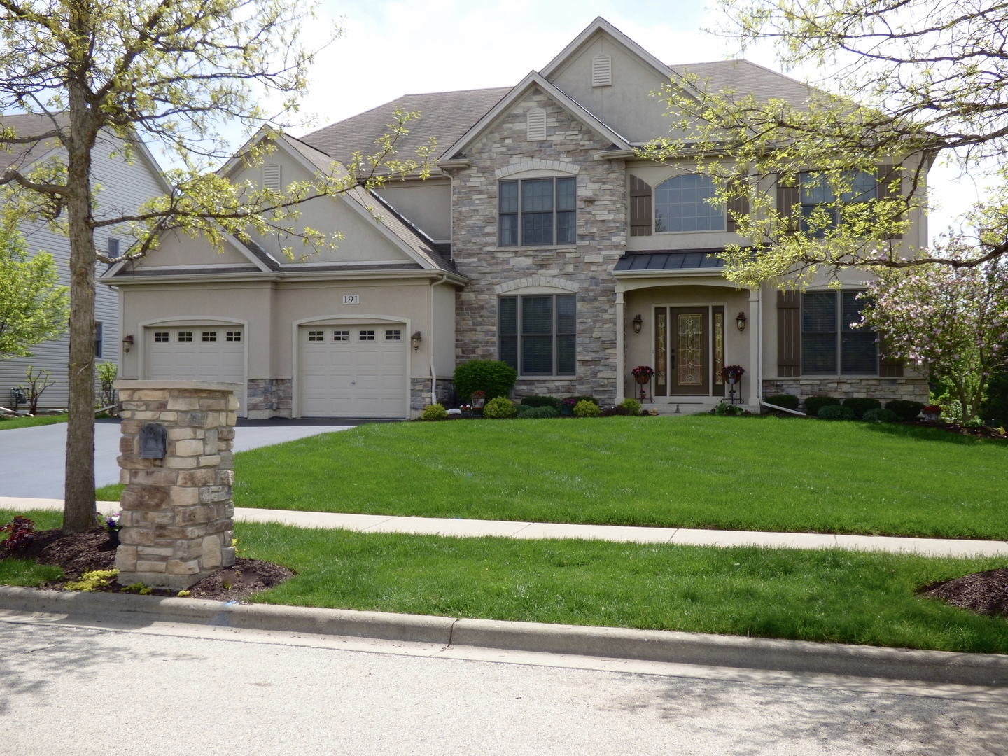 191 Melody ,Bartlett, Illinois 60103