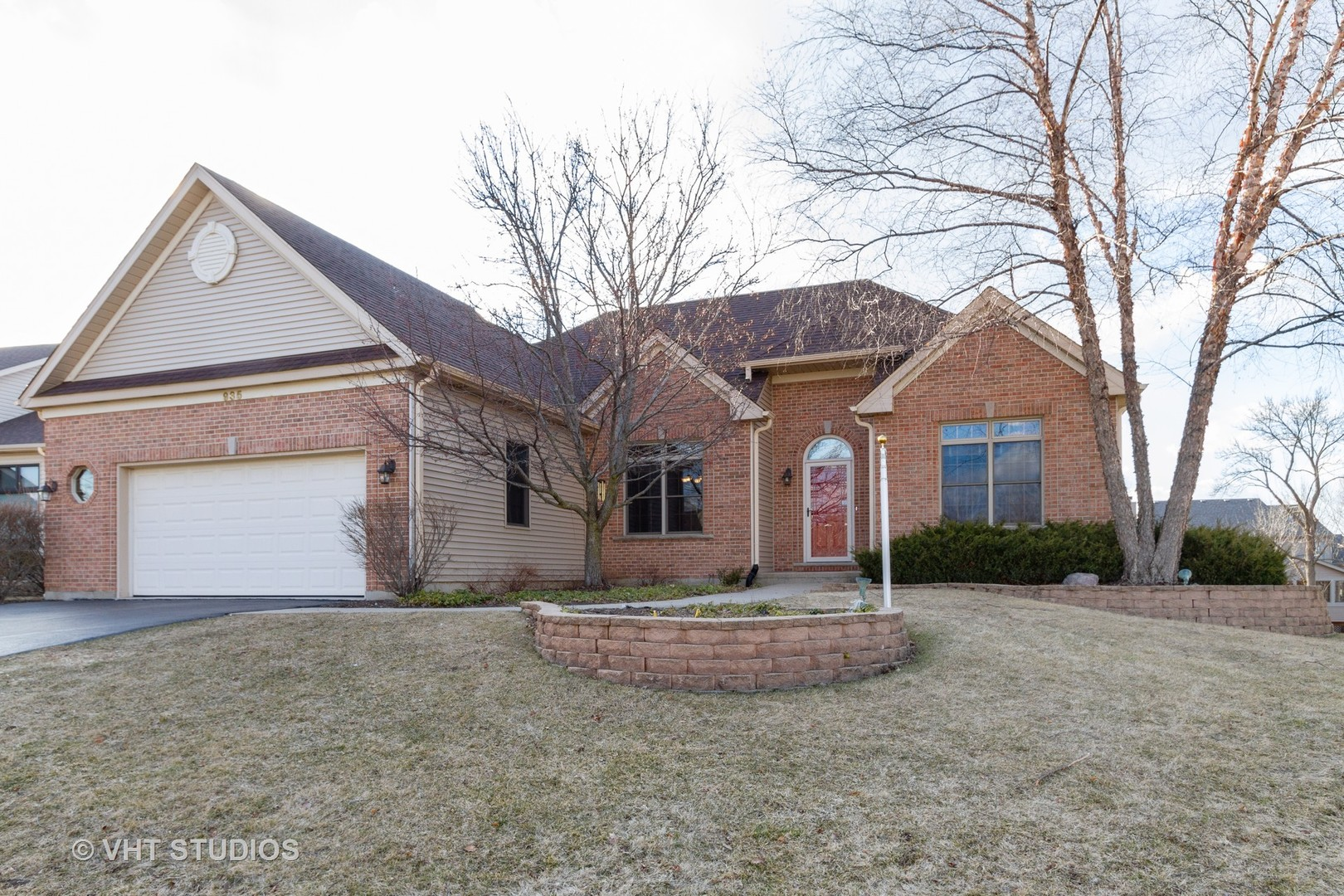 935 Woodland ,Antioch, Illinois 60002