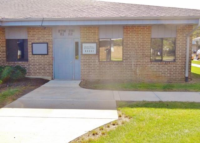 27w281 Geneva Unit Unit k ,Winfield, Illinois 60190