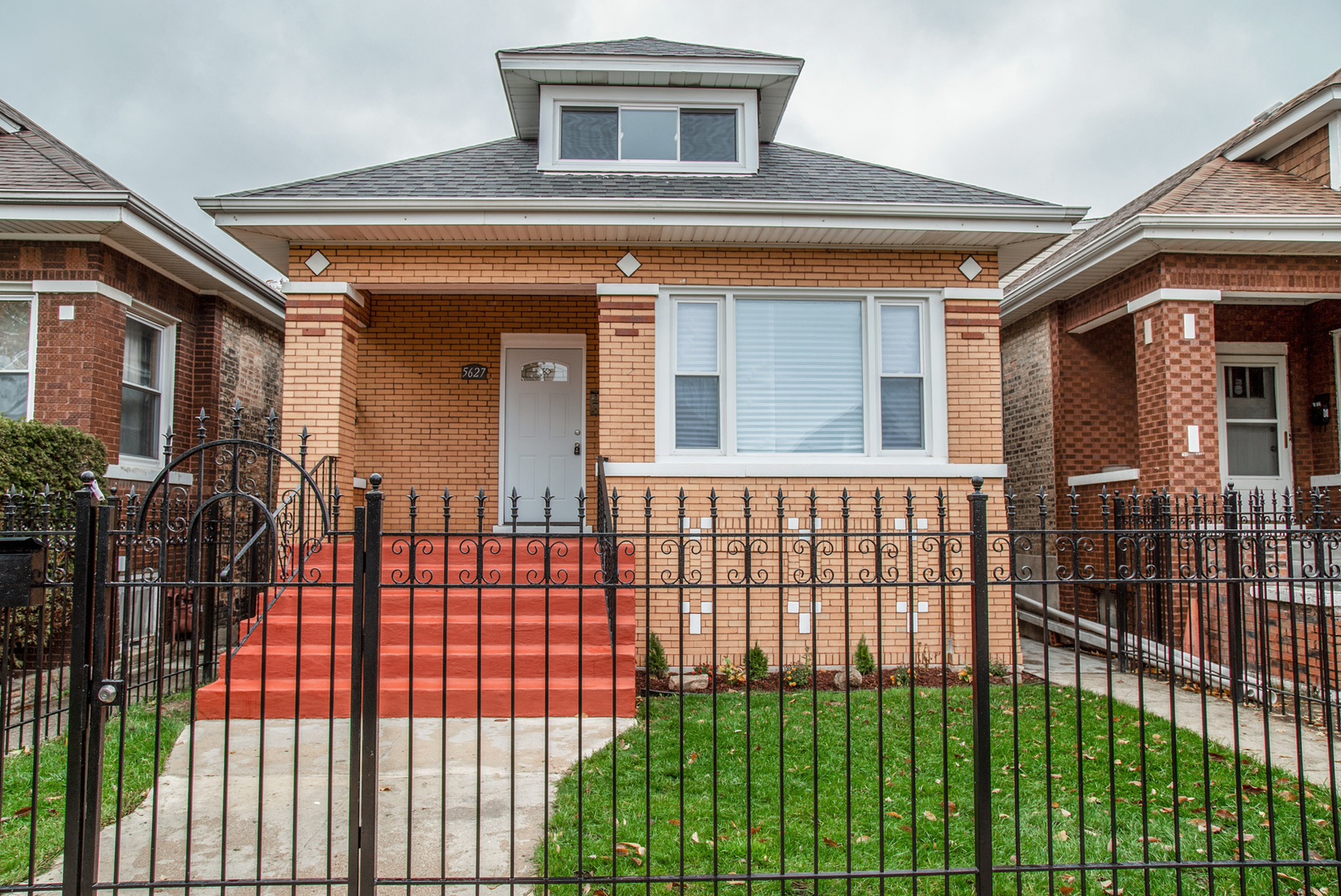 5627 SOUTH SACRAMENTO AVENUE, CHICAGO, IL 60629