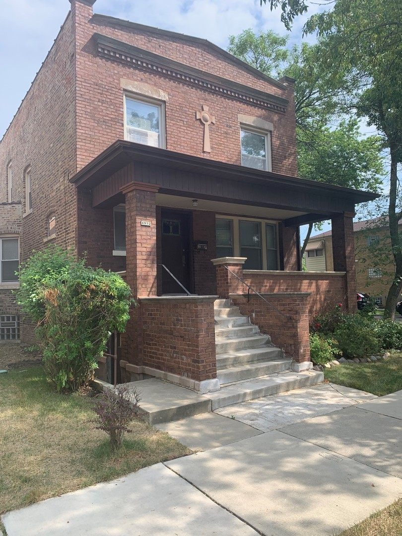 4932 Montrose ,Chicago, Illinois 60641