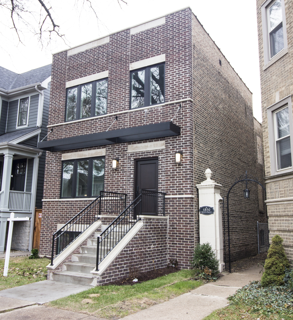 4846 North Oakley Avenue, Chicago-lincoln Square, IL 60625