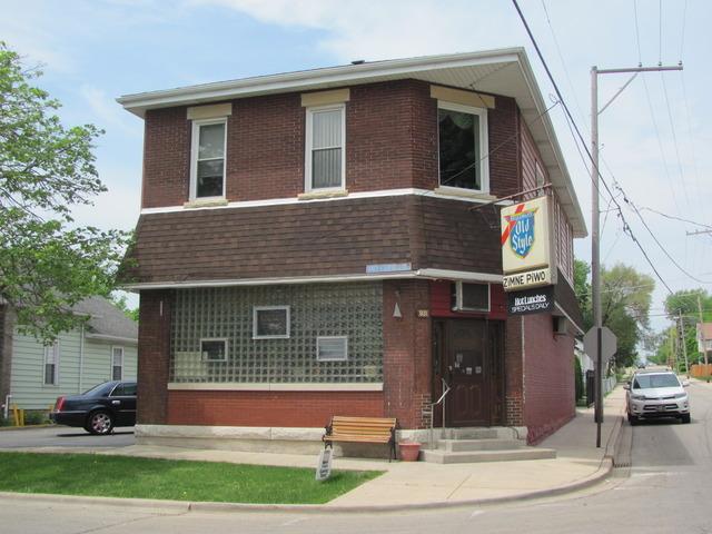 931 Hickory, Joliet, Illinois 60435