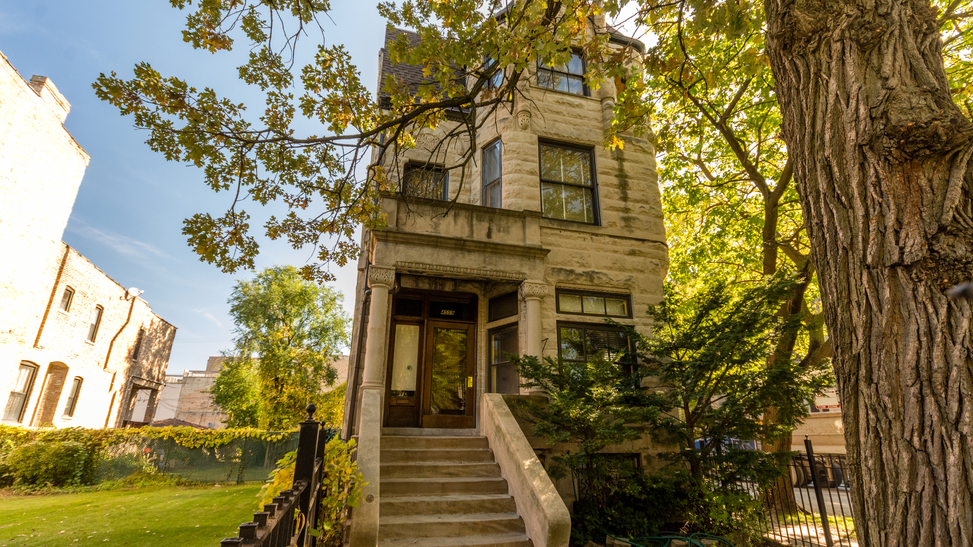 4559 South Ellis Avenue, Chicago-Kenwood, IL 60653