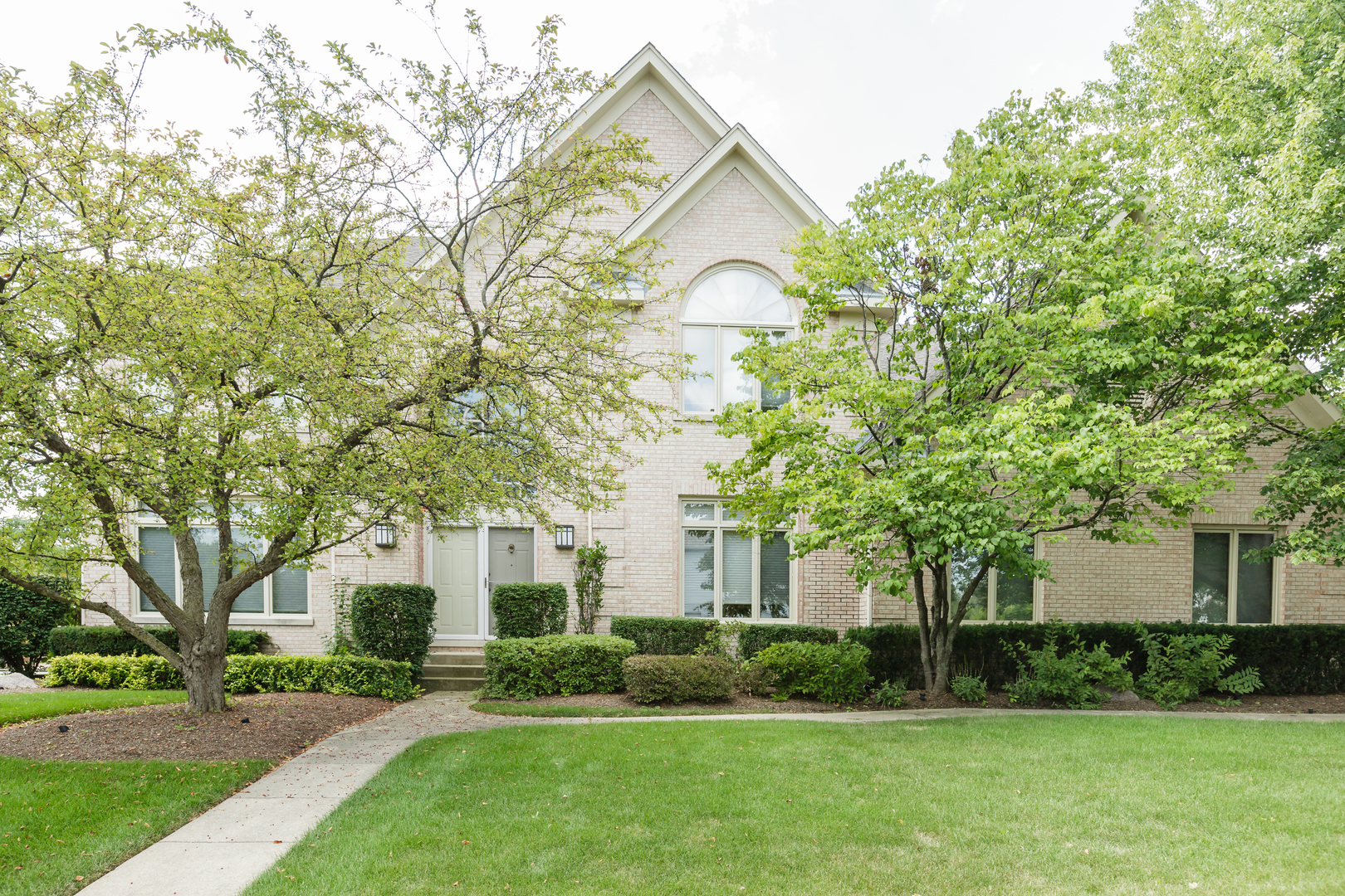 2980 Kingston Drive, Buffalo Grove, IL 60089