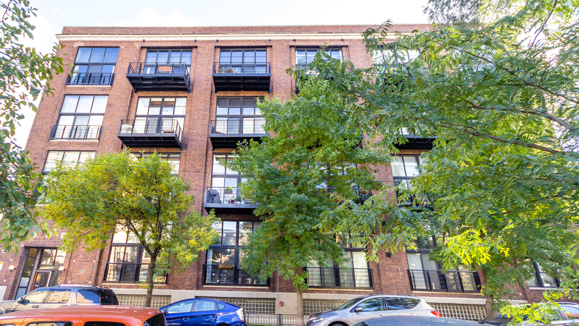 1935 Fairfield Unit Unit 112 ,Chicago, Illinois 60647