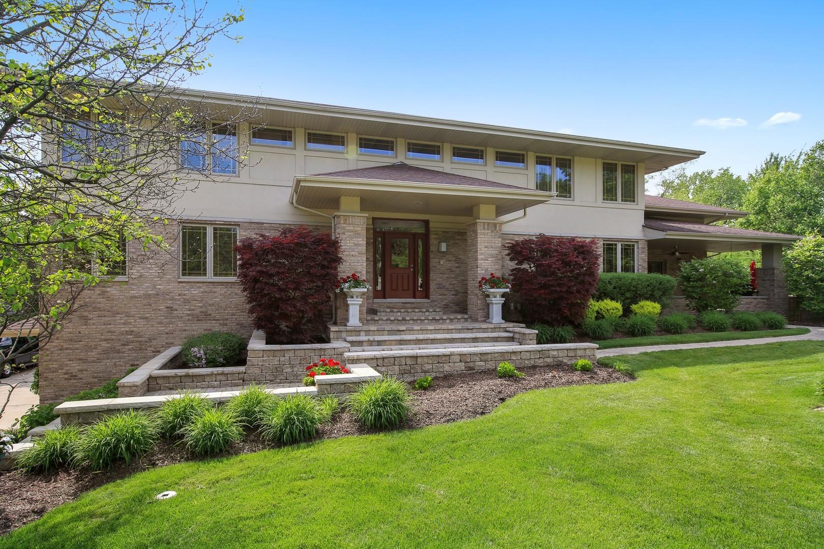 919 Country Club Drive, La Grange, IL 60525