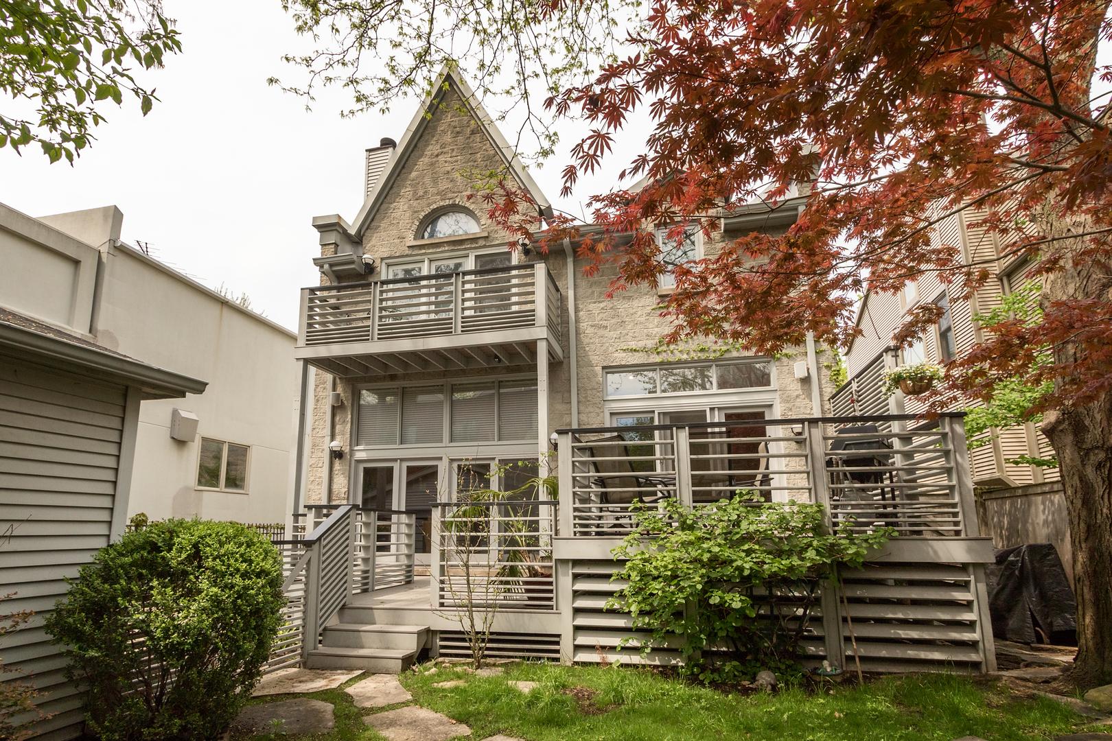 1707 Wabansia ,Chicago, Illinois 60622