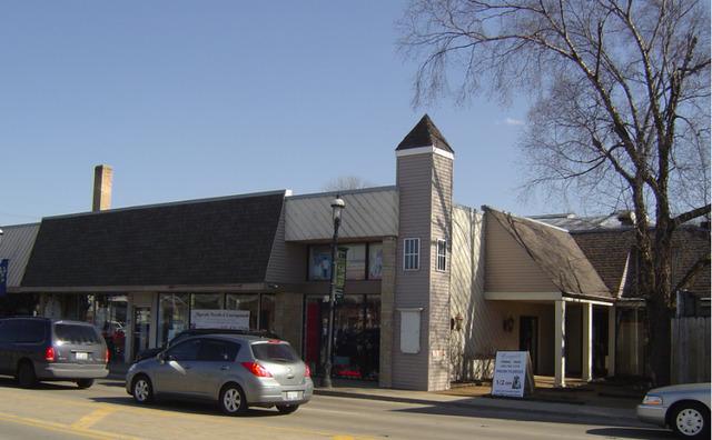 10 Main ,East Dundee, Illinois 60118