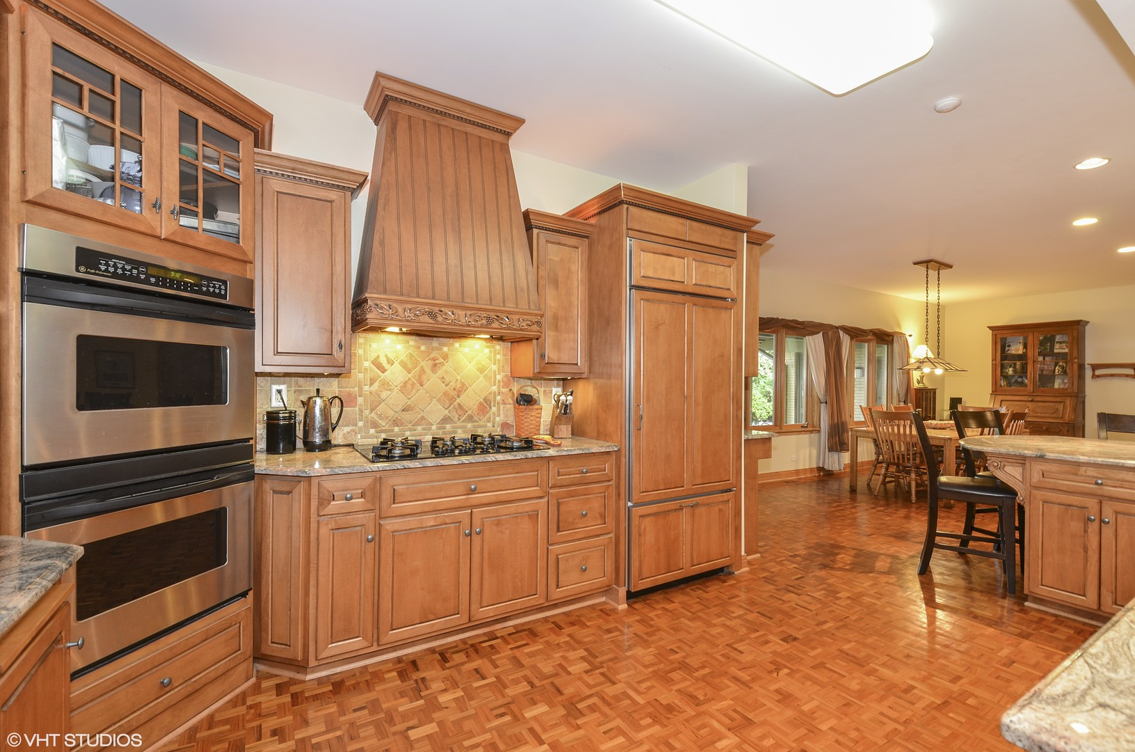 Additional photo for property listing at 2013 Burr Oak Drive 2013 Burr Oak Drive Glenview, Illinois,60025 Estados Unidos