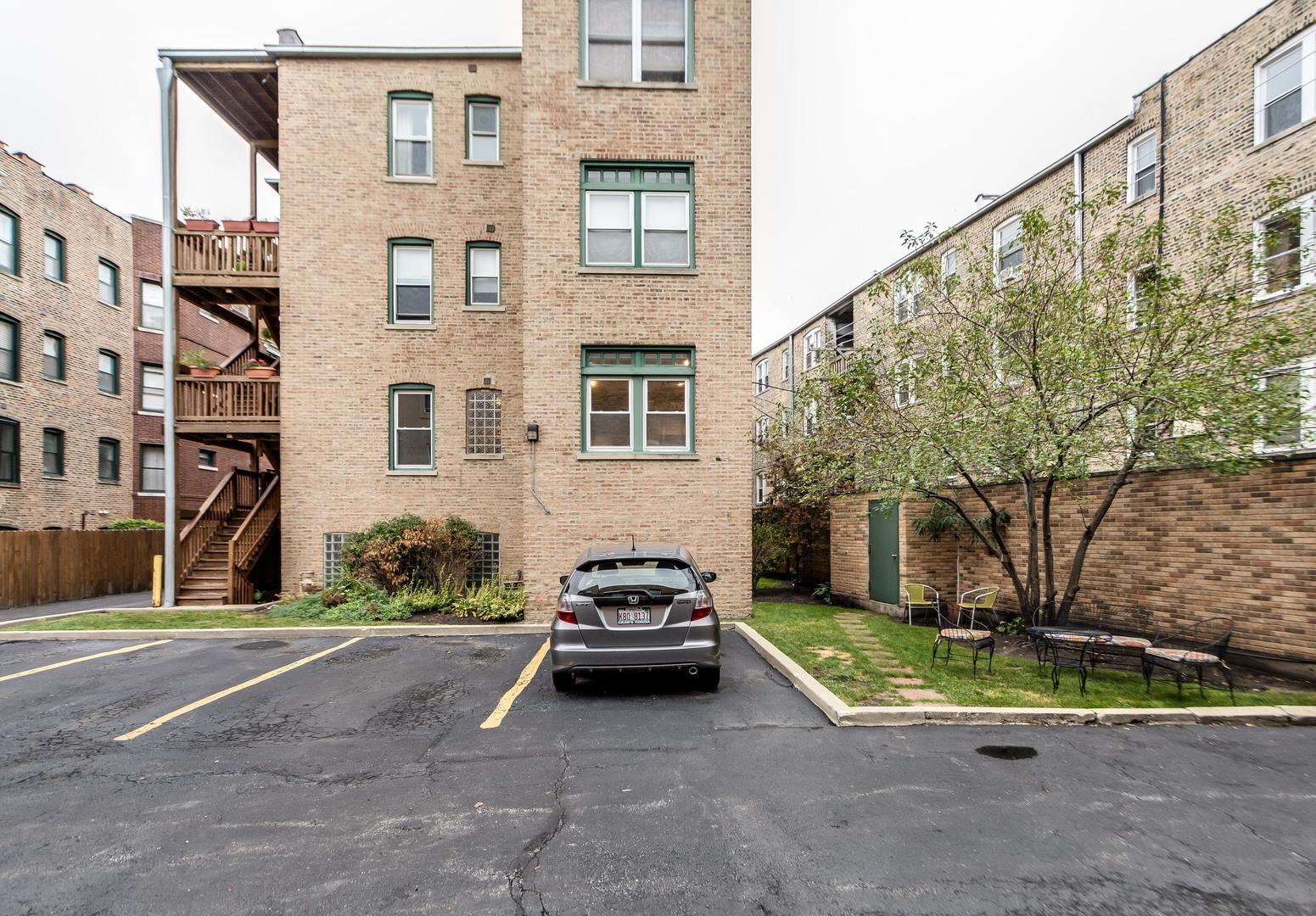1317 Greenleaf Unit Unit p-3 ,Chicago, Illinois 60626