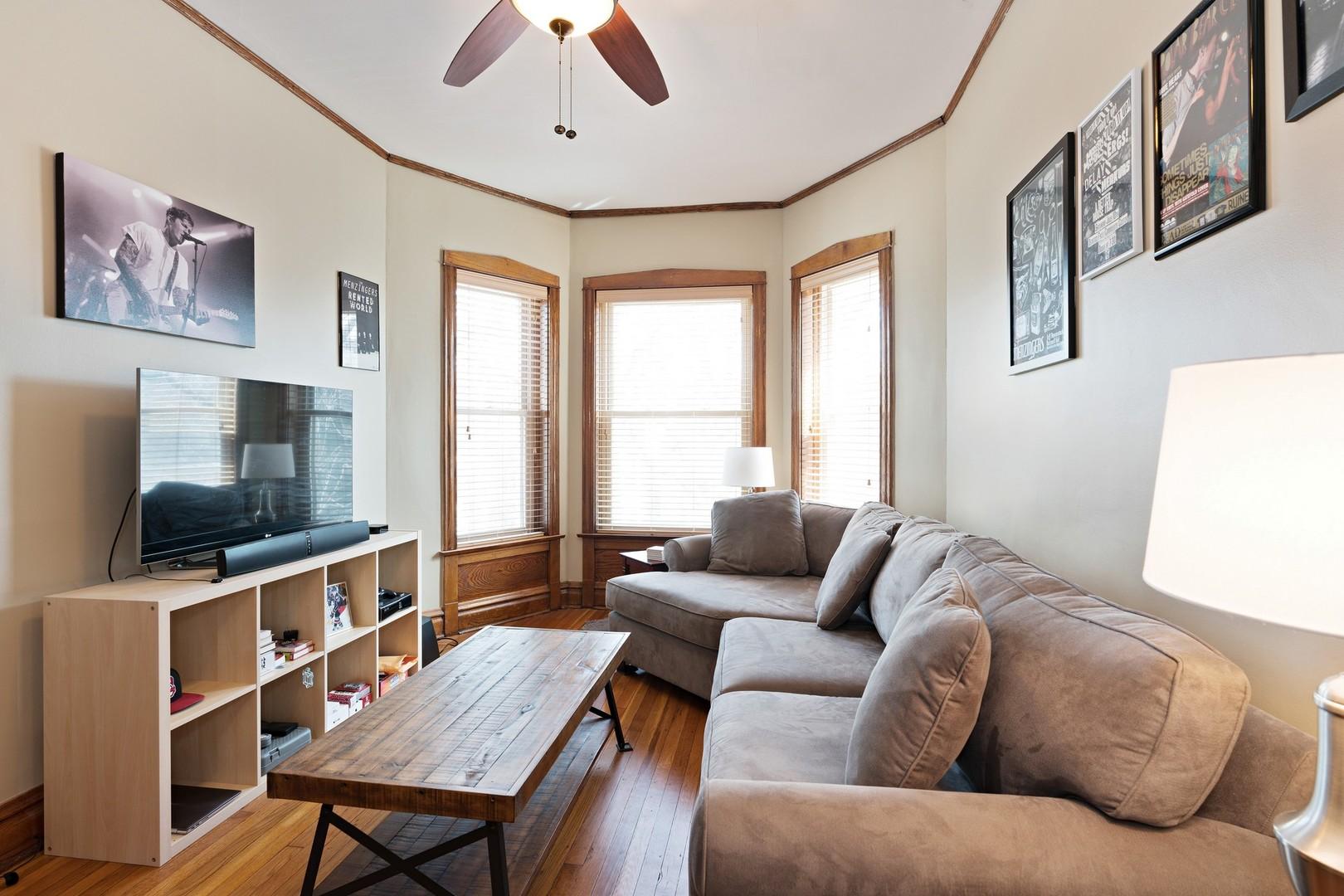 3746 Hermitage ,Chicago, Illinois 60613