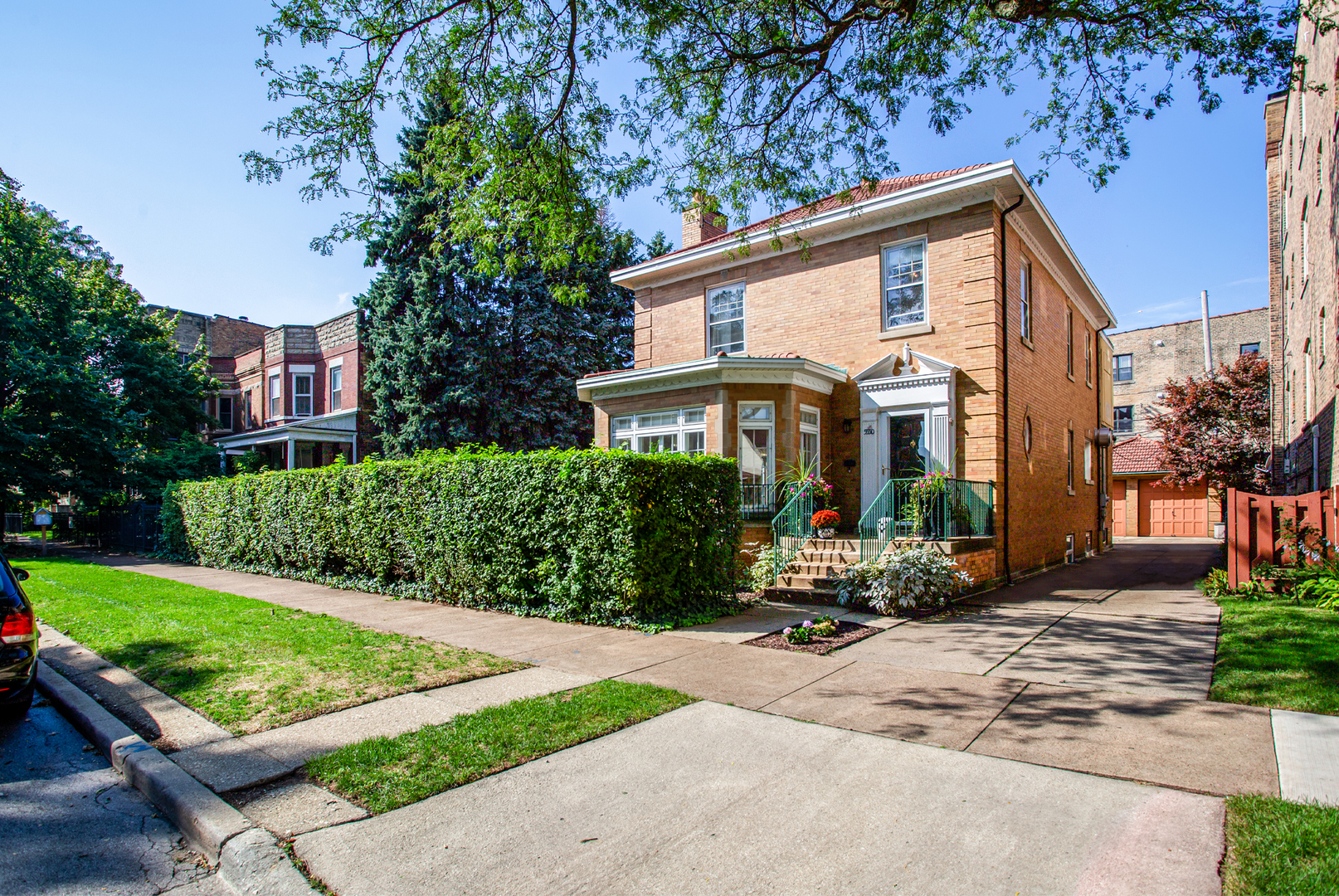 3 House in Edgewater