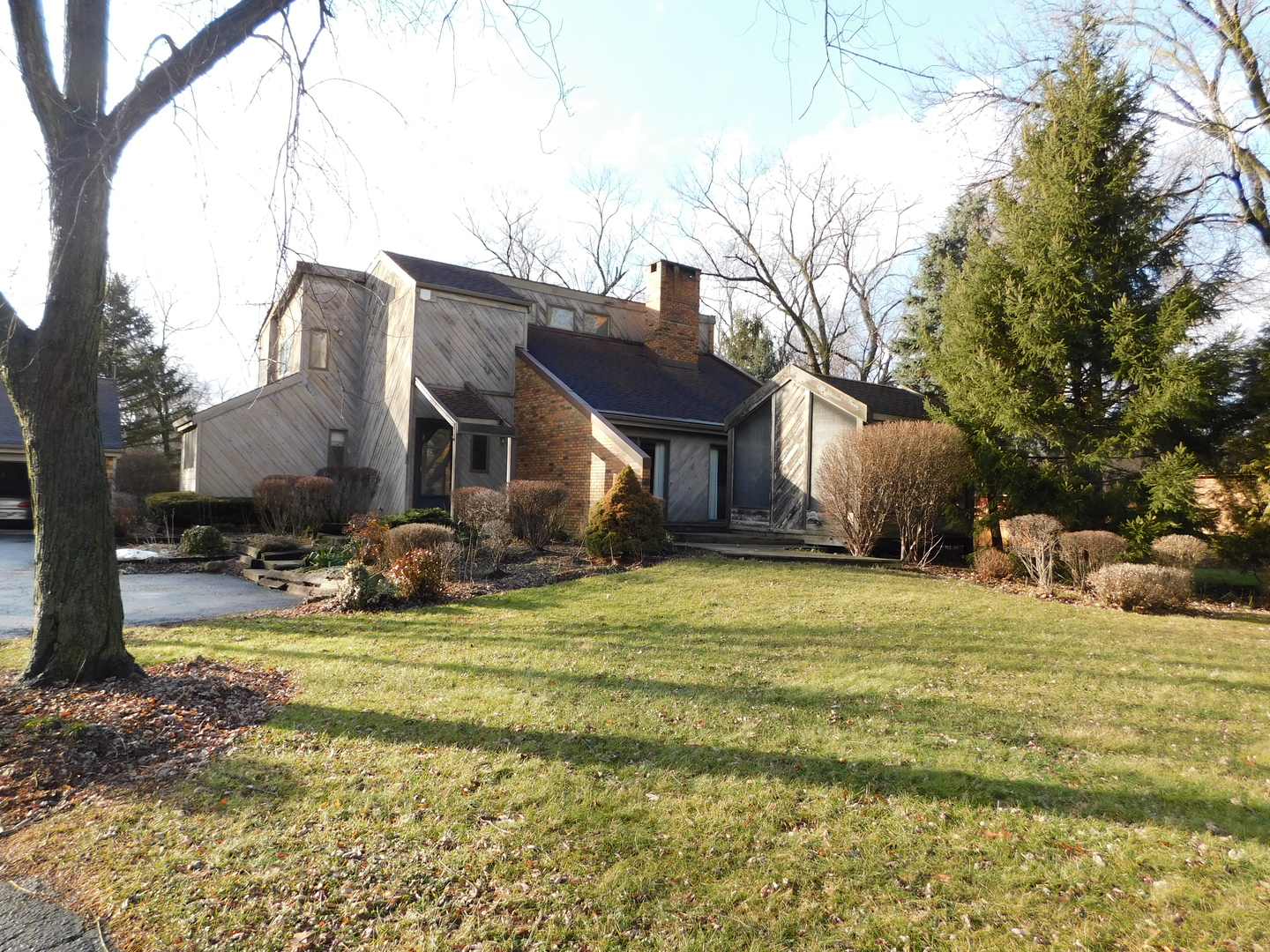 8S526 BELL DRIVE, NAPERVILLE, IL 60565