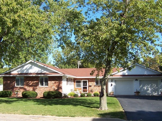 204 EAST PHILMAR STREET, DWIGHT, IL 60420