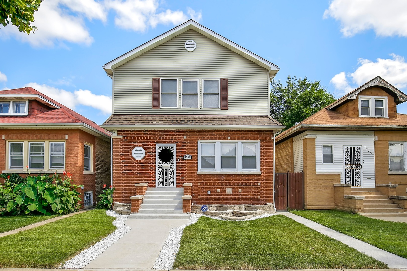 1747 NORTH MOODY AVENUE, CHICAGO, IL 60639