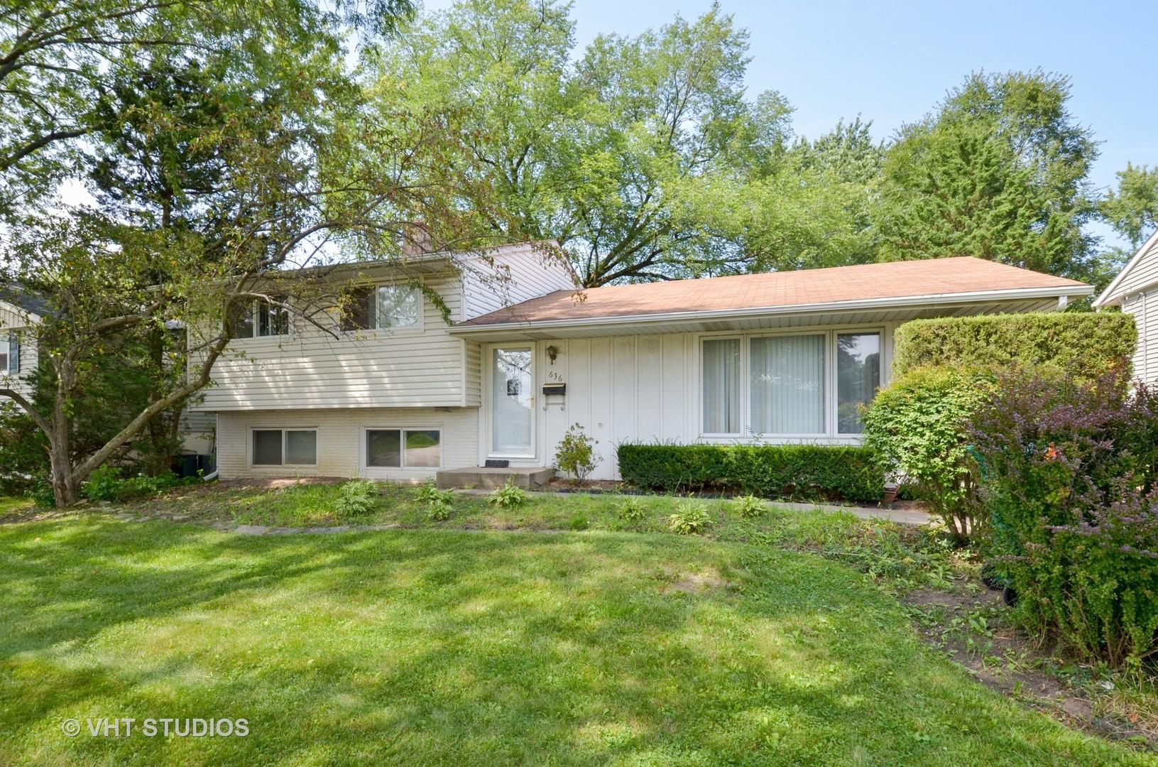 636 Hawthorne Rd, Buffalo Grove IL 60089