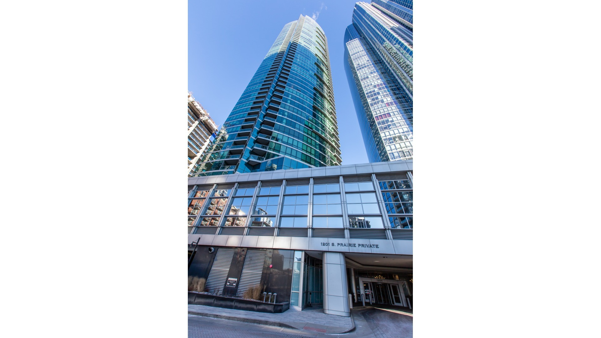 Condominium for Sale at 1201 South Prairie Avenue #4302 1201 South Prairie Avenue #4302 Chicago, Illinois,60605 United States