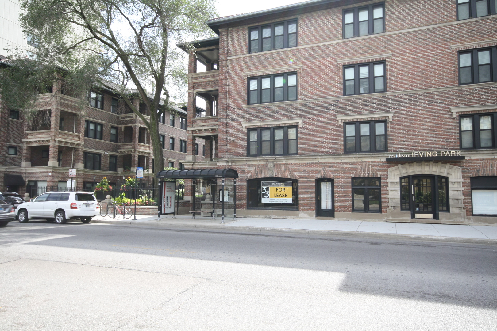 749 Irving Park ,Chicago, Illinois 60613
