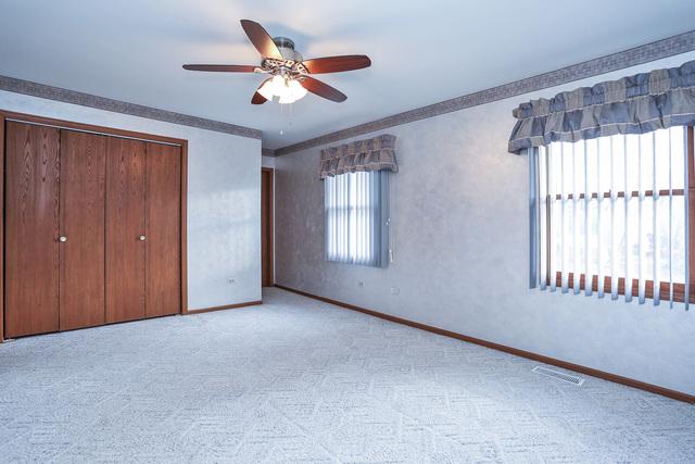 211 Mayer ,Wheeling, Illinois 60090