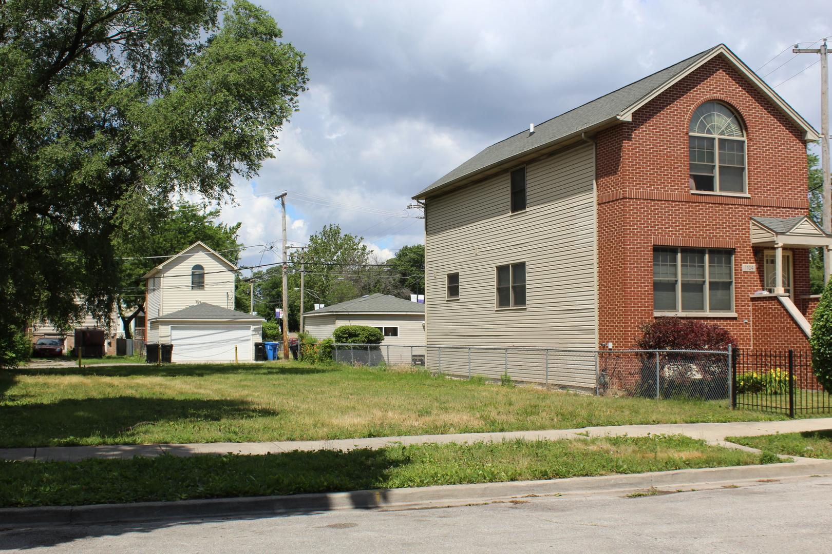 7108 Greenwood, Chicago, Illinois 60619
