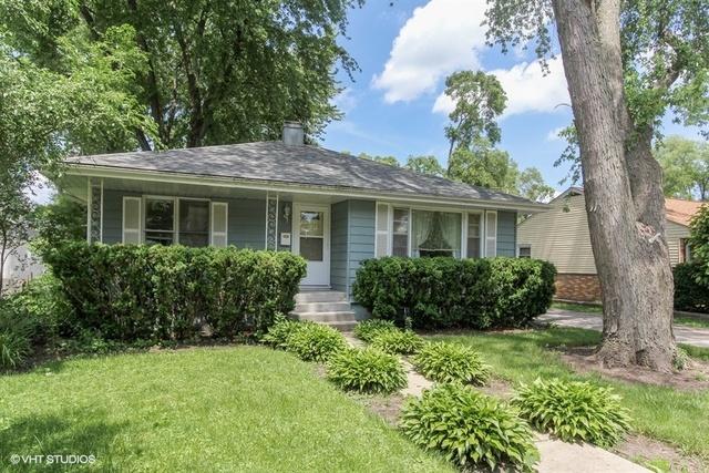 110 Woodlawn, Mundelein, Illinois 60060