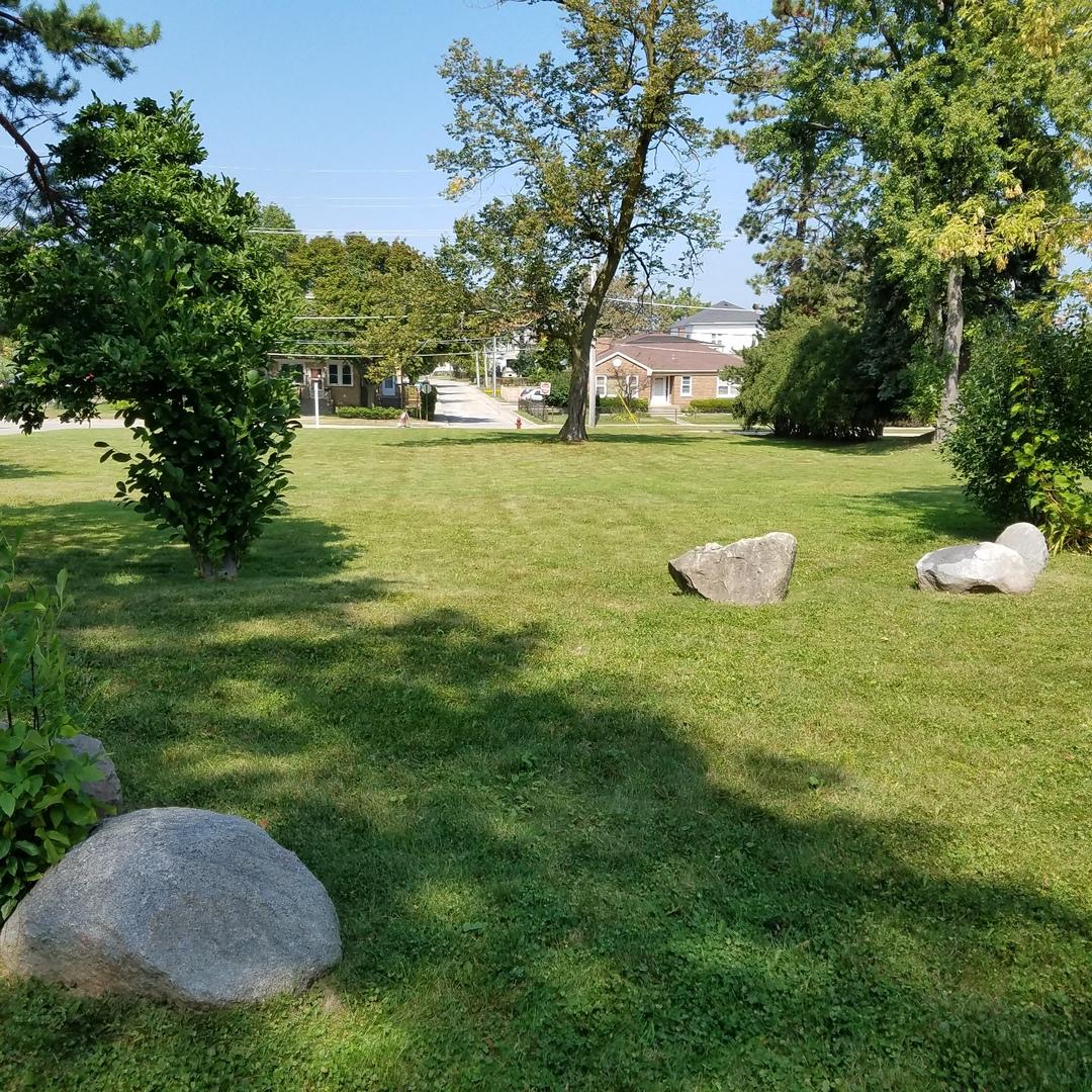 105 Prairie, Highwood, Illinois 60040