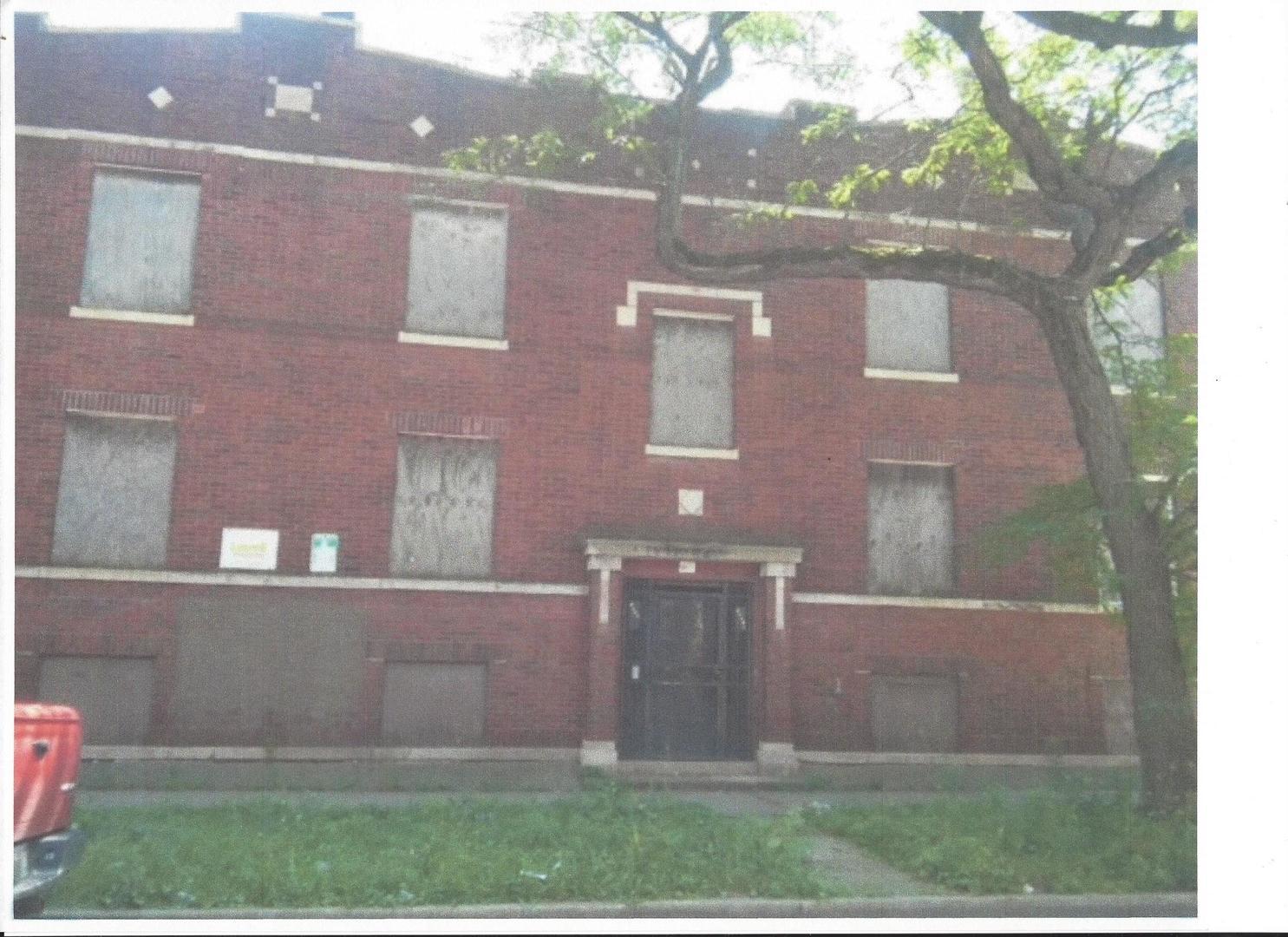 5700 Marshfield, Chicago, Illinois 60636