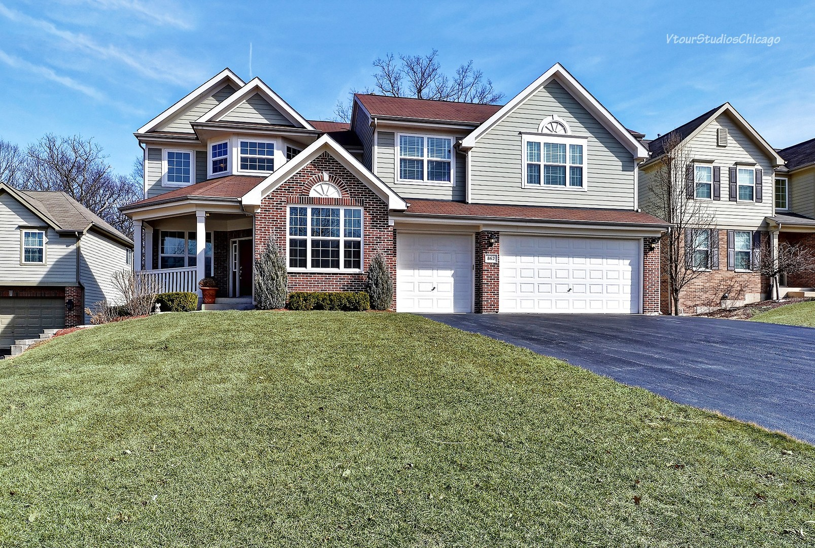 862 Forest Glen Court, Bartlett, IL 60103