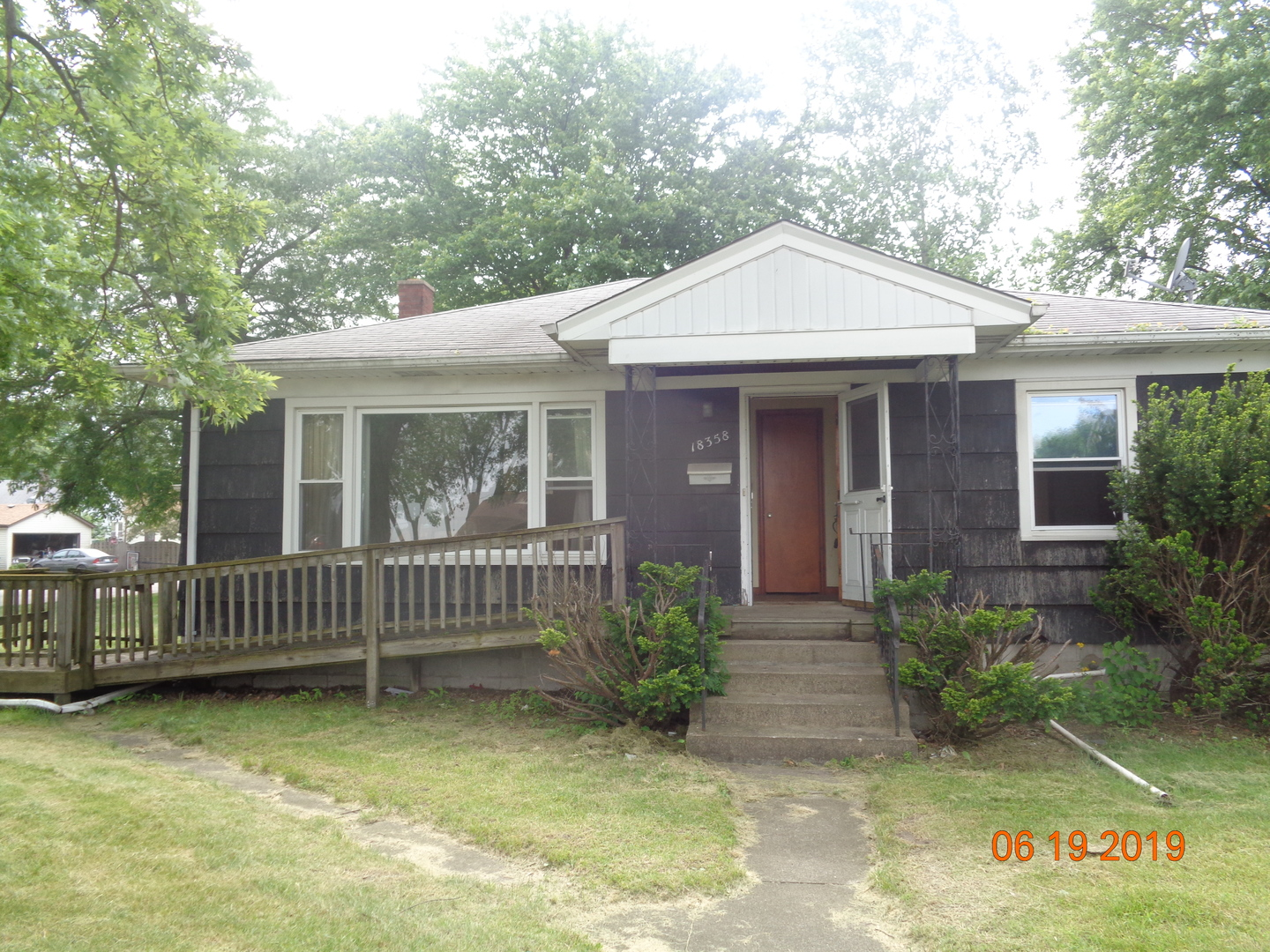 SINGLE FAMILY HOME NEEDS FULL REHAB. SOLD AS-IS AND READY FOR A NEW FAMILY.   NOT BANK OWNED AND NOT A SHORT SALE, OWNERS ARE LOCAL AND MOTIVATED.  THIS HOME IS BEING SOLD AS-IS, SO PLEASE INSPECT PRIOR TO SUBMITTING AN OFFER.  PLEASE NOTE: 0% TAX PRORATIONS ARE OFFERED, THE SELLER WILL PAY CURRENT AND ALL PRIOR TAX BUT 0% CREDIT FOR FUTURE BILLS.  SPECIAL WARRANTY DEED AT CLOSING. NO SURVEY.  FOR FASTER RESPONSE PLEASE USE SELLERS CONTRACT, ADDENDUM AND DISCLOSURES UNDER DOCUMENTS.