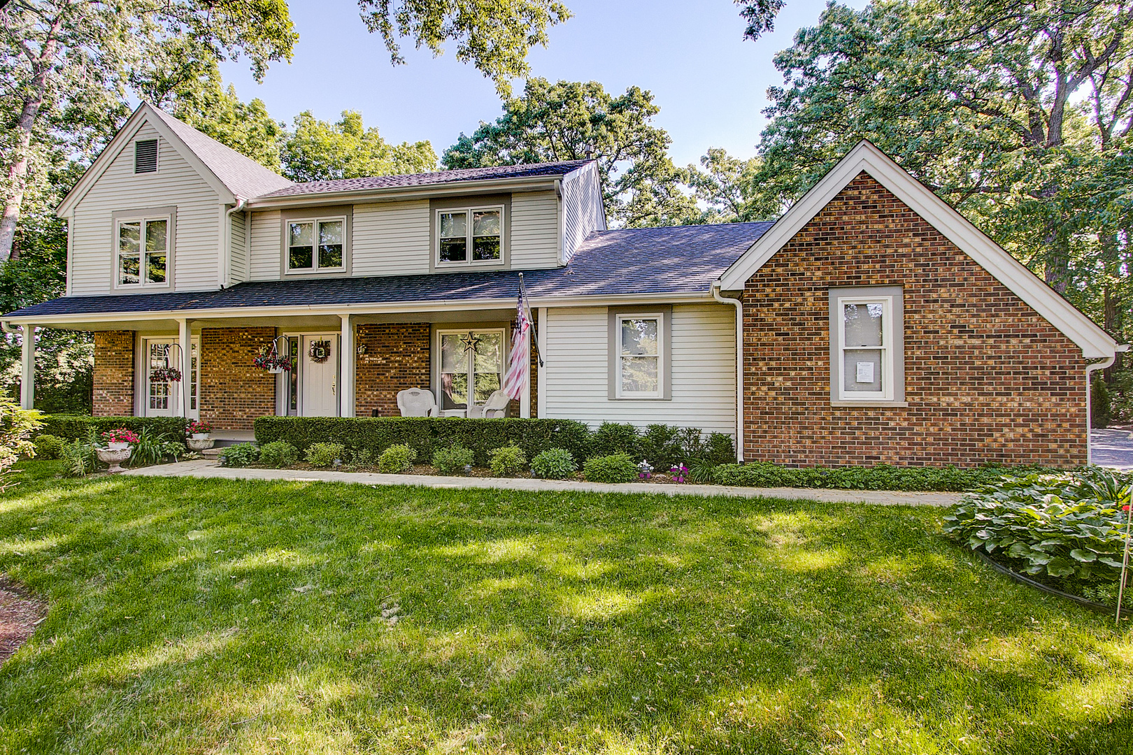 1630 Carriage Court, GREEN OAKS, IL 60048