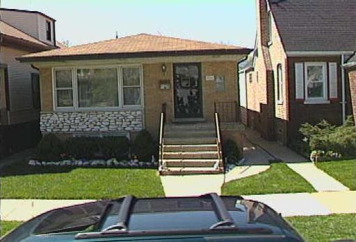 5246 Liano, Chicago, Illinois 60630