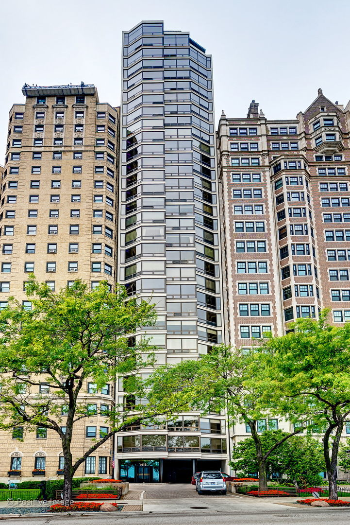 1418 N LAKE SHORE Drive 4, Chicago, Illinois 60610